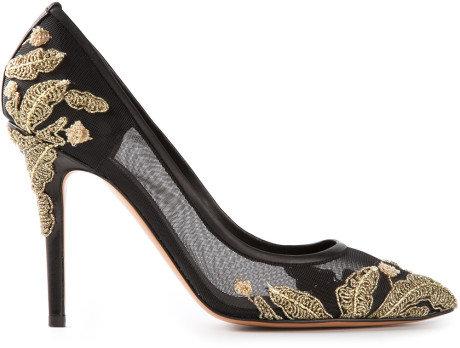 Zapatillas bordadas Bruno Magli con pedrería